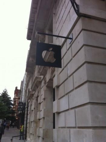 В Лондоне открывается новый Apple Store