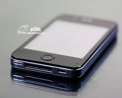 Неудачный клон iPhone 4.